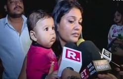 कार में बीमार मां बच्चे को पिला रही थी दूध, ट्रैफिक पुलिस उठा ले गई कार