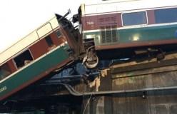 वाशिंगटन: पटरी से उतरी पैसेंजर ट्रेन, 6 लोगों की मौत