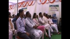 सांसद कुलस्ते ने किसानों के साथ बैठ कर देखा सीधा प्रसारण