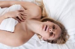 हस्तमैथुन के दौरान न करें ये गलतियां