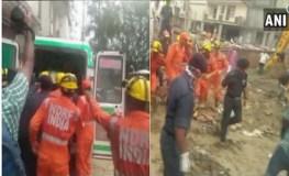 गाजियाबाद : निर्माणाधीन इमारत गिरी, 1 की मौत, 6 घायल