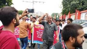 यूपी: विधानसभा के सामने ब्राह्मण महासंघ का जोरदार प्रदर्शन