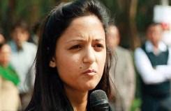 कश्मीर को लेकर शहला राशिद ने किया था विवादित पोस्ट, गिरफ्तारी की मांग