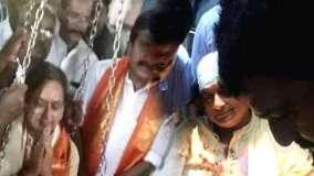 तिरुवनंतपुरम: मंदिर में घायल हुए कांग्रेस सांसद शशि थरूर, लगे टांके