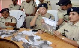 MP : भाजपा नेता के यहां से हथियार और हथगोले मिले, नंदकुमार सिंह की मौजूदगी की थी भाजपा ज्वाइन