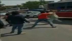 सेना के जवानों को बीच सड़क पर दौड़ा-दौड़ाकर पीटा, मामला दर्ज