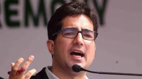 पूर्व आईएएस और नेता शाह फैसल के विदेश दौरे पर रोक, हिरासत में लिए गए