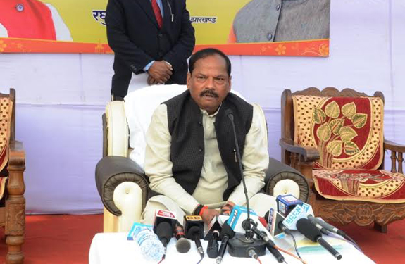 jharkhand chief minister raghubar das press conference