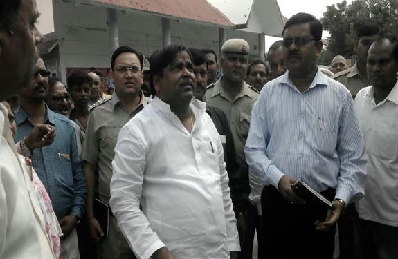 up-minister-gayatri-prajapati