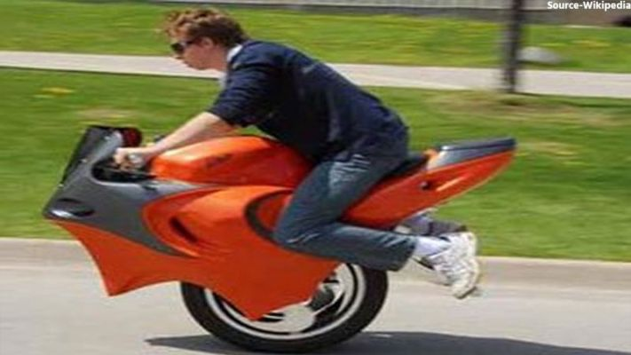 OMG-Bizarre-one-wheel-electronic-bike-a-specialty-that-will-surprise-you