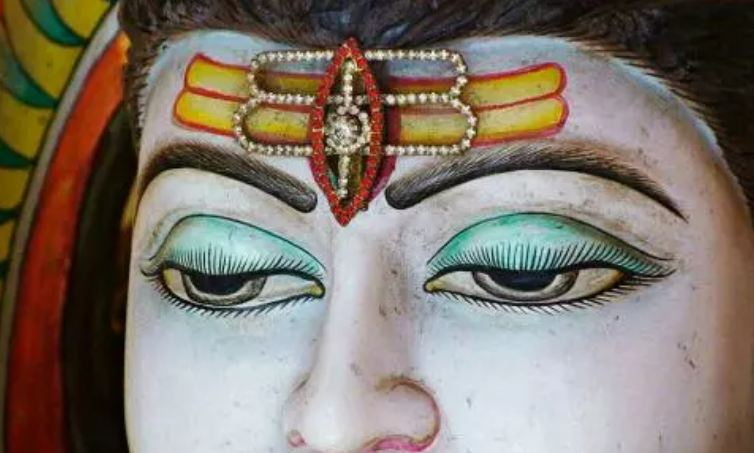 Today-these-3-zodiac-people-have-settled-in-the-third-eye-of-Shiva