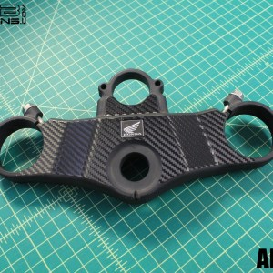 Carbon Fiber Triple Clamp Decal for the 2003-2004 Honda CBR954RR