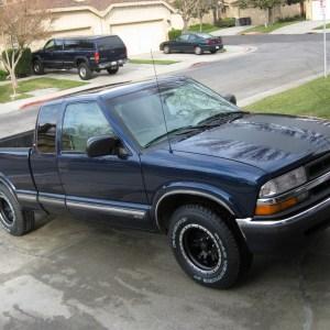 Stripe Kit 1994-2003 Chevrolet S10 Pickup / GMC Sonoma Stripes