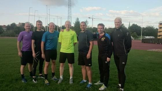 Strålende gjeng onsdag 30. juli. Fra venstre: Helge, Kent Ove, Kim Rune, Ole Johnny, Kjell Michael, Mads og Runar.