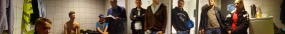 Folksomt i dommergarderoben med gjennomgang av Stig Rune Krokdal
