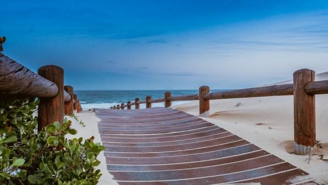 beach-1129086_960_720