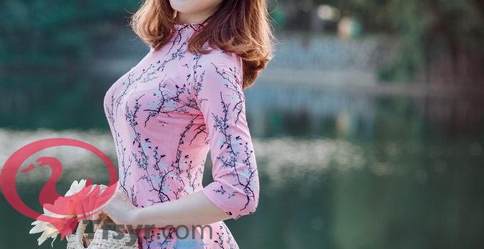 تفسير رؤية الفستان في المنام للعزباء وللمتزوجة