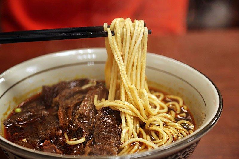 臺北で牛肉麺を食べるならココ! 口コミ大絶賛のお店7選
