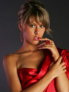Красивые фото картинки девушек в красном наряде. Красивые ...