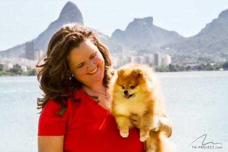 imagem mulher e cão na lagoa rodrigo de freitas