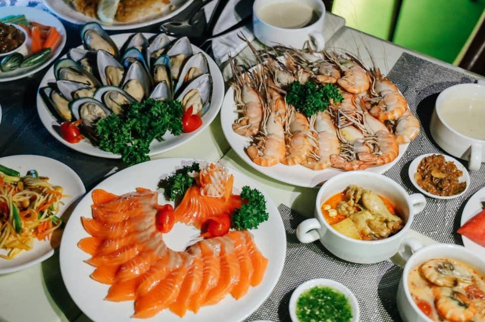 บุฟเฟต์อาหารทะเล หลากหลายชนิด