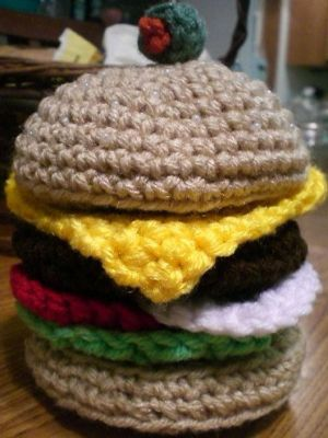Amigurumi Cheeseburger by ~Slowdance-Romance