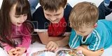 children_reading-istimewa.jpg image by bankfotowol