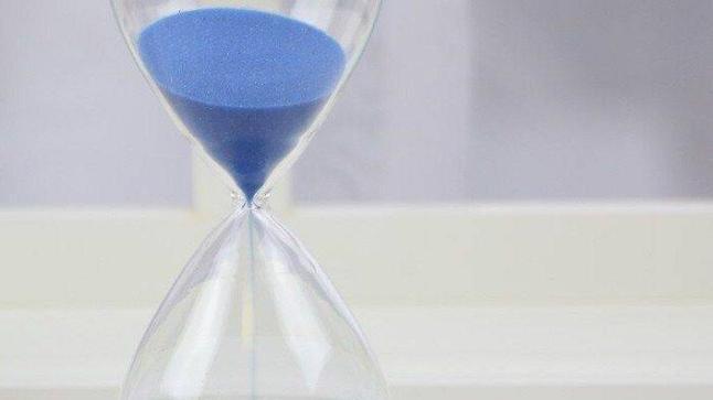 الساعة الرملية وطريقة إعدادها