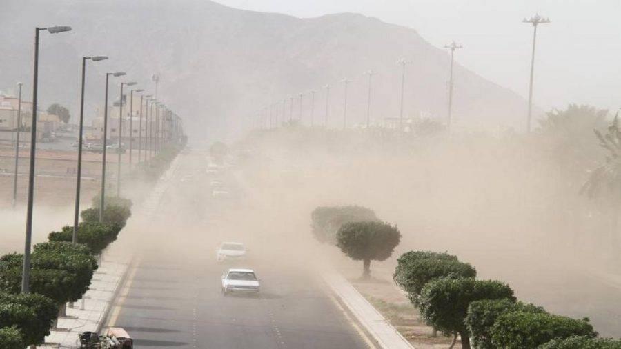 تنبيه من أمطار ورياح مثيرة للغبار على أربع مناطق في المملكة