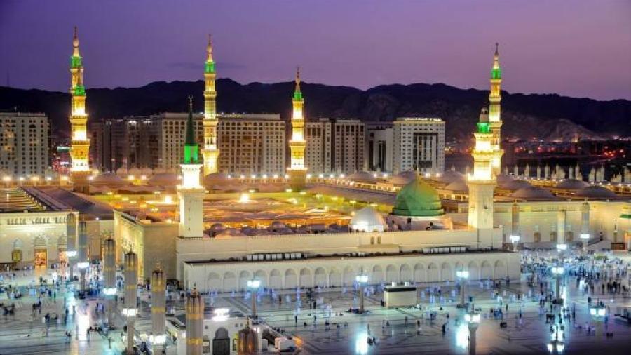 """إعتبار من فجر اليوم فتحت المساجد أبوابها وأنتهت دعوة """"صلوا في بيوتكم """""""