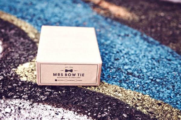 thaeger-menswear-fashion-mrs-bow-tie-package-closed