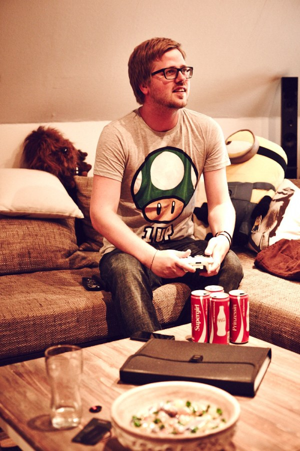 fashion-menswear-thaeger-gamer-xbox360