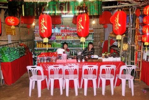 """Unser"" Tee-Stand auf dem Tee-Festival in Doi Mae Salong, Thailand"