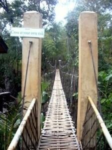 Hängebrücke im Little Eden Guest House, Pangmapha