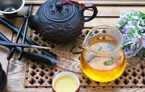 Taiwan Four Seasons Si Ji Chung Oolong Tee in Gong Fu Cha Zubereitung