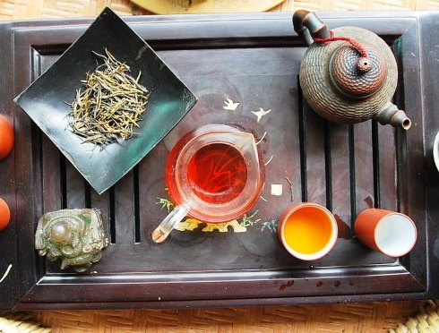 Wild Artisan Dian Hong Yunnan Black & Golden Needle Gong Fu Cha