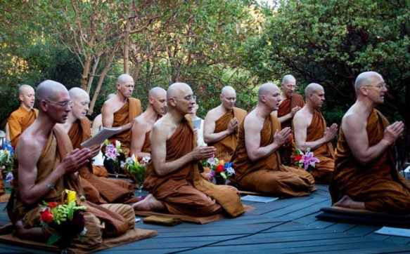 Chanting — Buddhist Wisdom of the Thai Forest Tradition