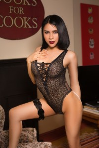 Ladyboy ZAZA - Earls Court