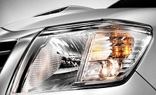 2102 Toyota Hilux Vigo comes with Halogen headlights