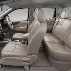 Nissan-NP300-Navara-12th-gen-interior-side-view