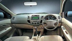 2004-Classic-Toyota-Hilux-Vigo-front-panel