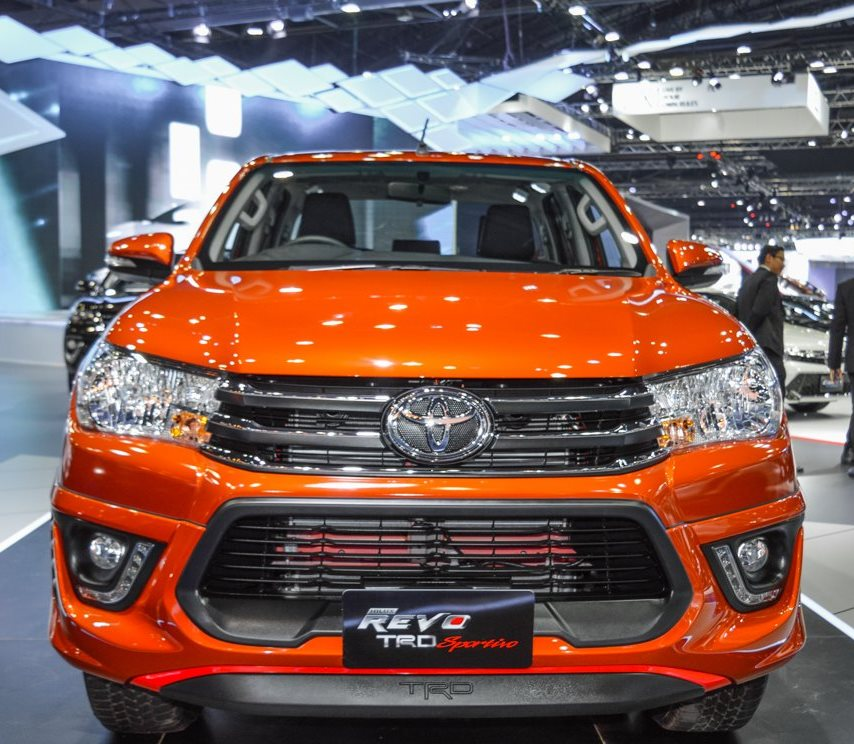 Thailand Car Dealer Of New 2017 2018 Toyota Hilux Revo And Used Pickup  Trucks, SUV, Vans And Commercial Trucks. Single Cab Revo, Extra Cab Revo  And Double ...