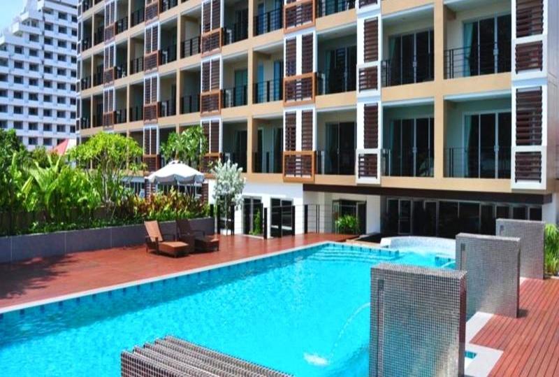 Best Hotels Near Nana Plaza