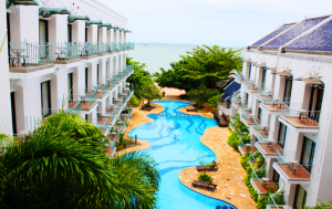 Naklua beach resort family hotel