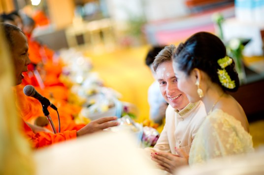 Thai traditional engagement ceremony and wedding reception at Richmond Stylish Convention Hotel in Nonthaburi, Thailand. NET-Photography   Thailand Wedding Photographer info@thailand-wedding-photographer.com http://thailand-wedding-photographer.com
