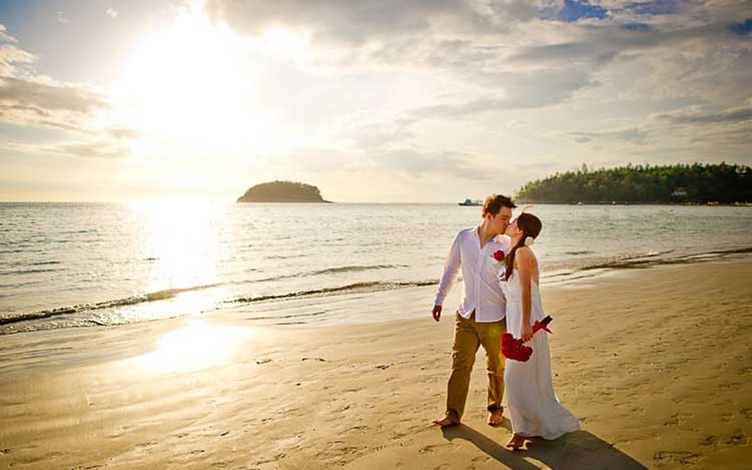 Phuket Thailand Wedding Photography: Phuket Beach Wedding