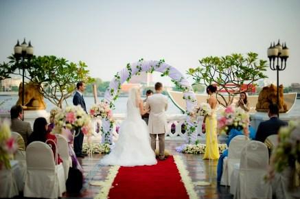 Jasmine and Maurice's Anantara Riverside Bangkok Resort wedding in Bangkok, Thailand. Anantara Riverside Bangkok Resort_Bangkok_wedding_photographer_Jasmine and Maurice_0846.TIF