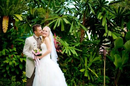 Jasmine and Maurice's Anantara Riverside Bangkok Resort wedding in Bangkok, Thailand. Anantara Riverside Bangkok Resort_Bangkok_wedding_photographer_Jasmine and Maurice_0871.TIF