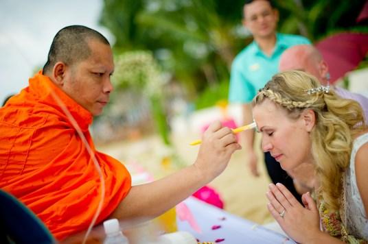 Madeline and Matthew's Bo Phut Resort & Spa Vow Renewal in Samui, Thailand. Bo Phut Resort & Spa_Samui_wedding_photographer_Madeline and Matthew_0422.TIF