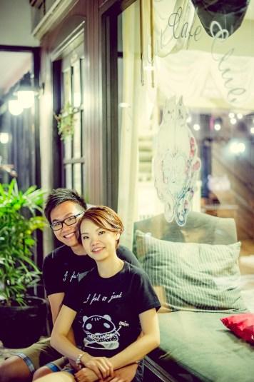 Si'En and Lai's Caturday Cat Cafe pre-wedding (prenuptial, engagement session) in Bangkok, Thailand. Caturday Cat Cafe_Bangkok_wedding_photographer_Si'En and Lai_0244.TIF